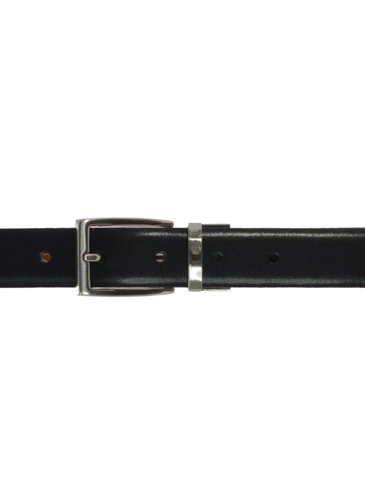 510111854-32-negro-perfil